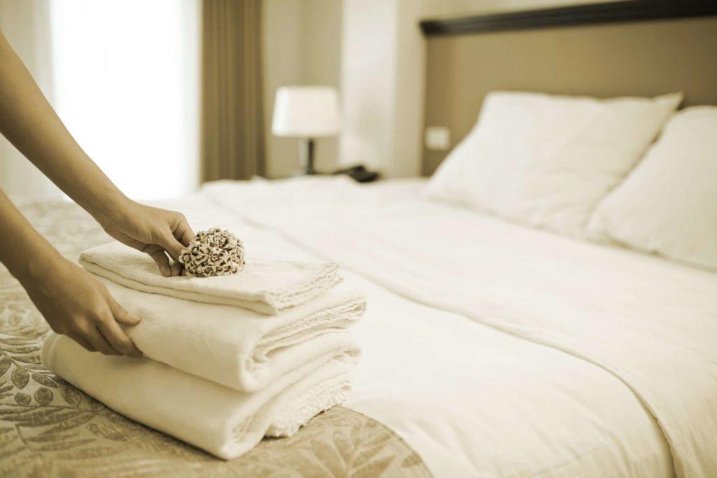 Service hotel programs